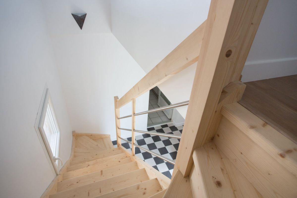 escalier perso petit prix soustons vente d 39 escaliers et gardes corps en bois pays basque. Black Bedroom Furniture Sets. Home Design Ideas