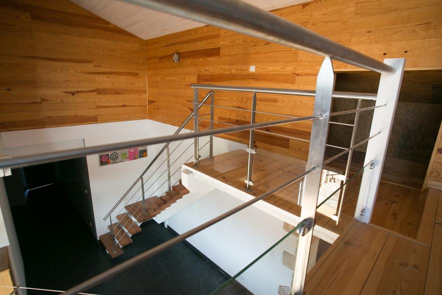 escalier 1 4 tournant limon central inox hossegor 64 vente d 39 escaliers et gardes corps. Black Bedroom Furniture Sets. Home Design Ideas