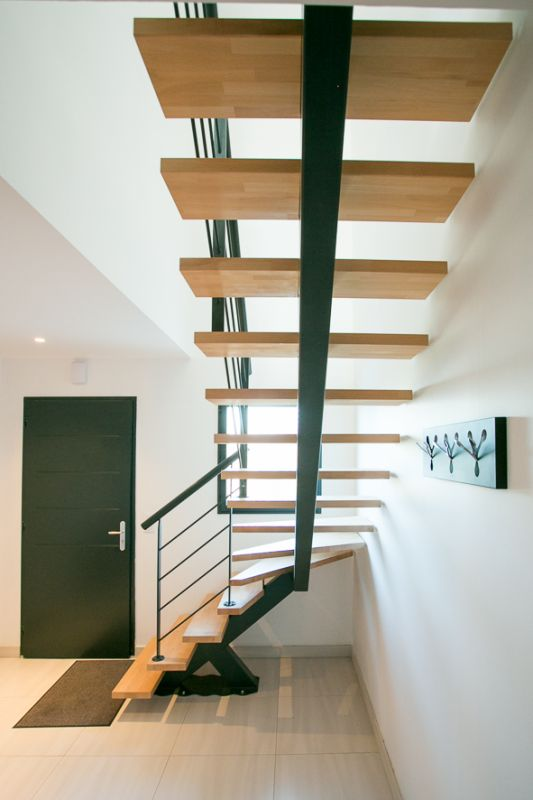 Escalier 1 4 tournant limon central metal capbreton 40 vente d 39 esca - Escalier a limon central metallique ...