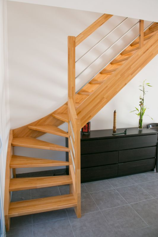 escalier bois 1 4 tournant inox labenne 40 vente d 39 escaliers et gardes corps en bois pays. Black Bedroom Furniture Sets. Home Design Ideas