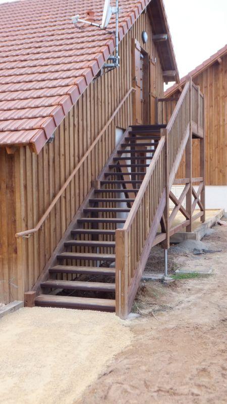 Escalier Bois Exterieur Droit  Vente DEscaliers Et Gardes Corps En