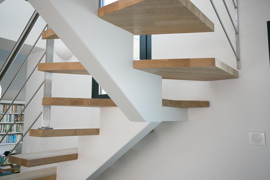 escalier design pour villa oc an soustons 40 vente d 39 escaliers et gardes corps en bois pays. Black Bedroom Furniture Sets. Home Design Ideas