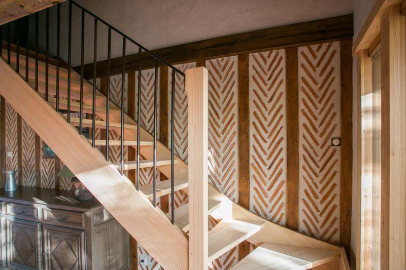 escalier quart tournant bois balustres metal landes. Black Bedroom Furniture Sets. Home Design Ideas