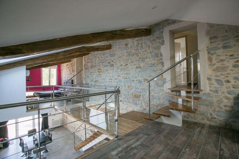 escalier droit limon central marches en ch ne dax 40. Black Bedroom Furniture Sets. Home Design Ideas