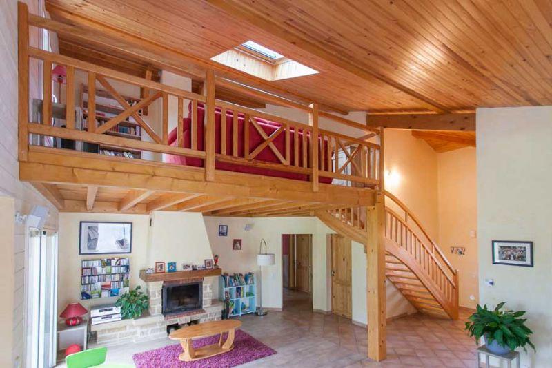 pose balustrade pour balcon et terrasse landes cote escalier. Black Bedroom Furniture Sets. Home Design Ideas